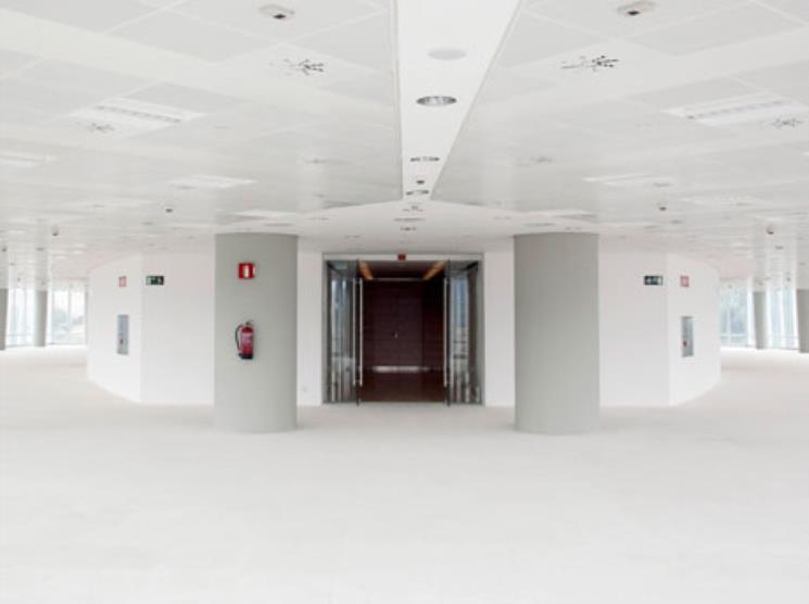 Alquiler oficinas edificio torre iberdrola cbre - Oficinas de iberdrola en madrid ...